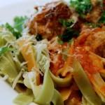 Spaghetti 'n' meatballs – og et nyt look på bloggen!