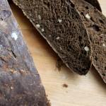 Rustikt valnøddebrød