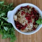 Kylling-ris-salat med valnød og granatæble