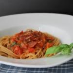 Lækker pastasauce på solmodne tomater