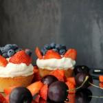 Overdådige mini-mazariner med bær