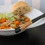 Kinesisk suppe med hakket kylling