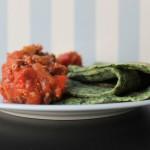 Lækre spinatpandekager med kødsauce